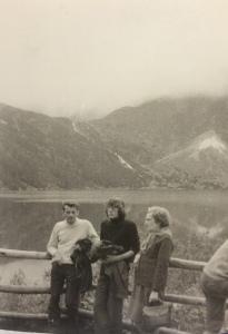 Leszek Skarbiński z synem Andrzejem i Barbarą Żurowską Morskie Oko 1977