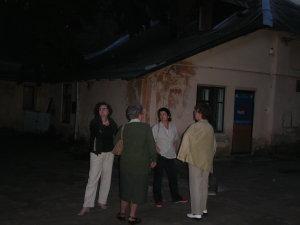 Lwów ul. św. Michała 6-8, maj 2005, kamienica i zbudowania rodziny Michała Michalskiego i Wiktora Legeżyńskiego - dawna pracownia powozów