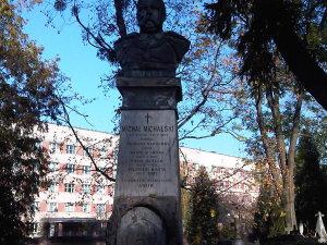 Lwów cmentarz Łyczakowski maj 2005 grobowiec rodziny Michała Michalskiego i Wiktora Legeżyńskiego detal