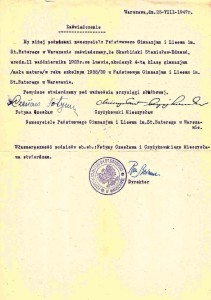 zaświadczenie o ukończeniu 4-tej klasy gimnazjum w Liceum im. St. Batorego w Wwie 1939r
